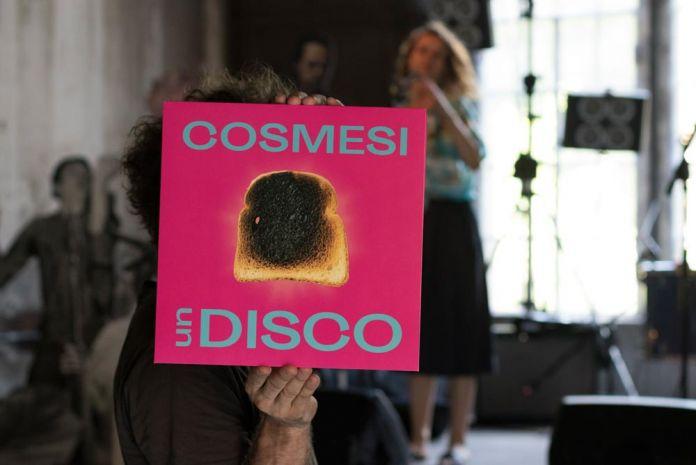CosmesiFaUnLive_©Roberta Segata, courtesy Centrale Fies COSMESI UN DISCO