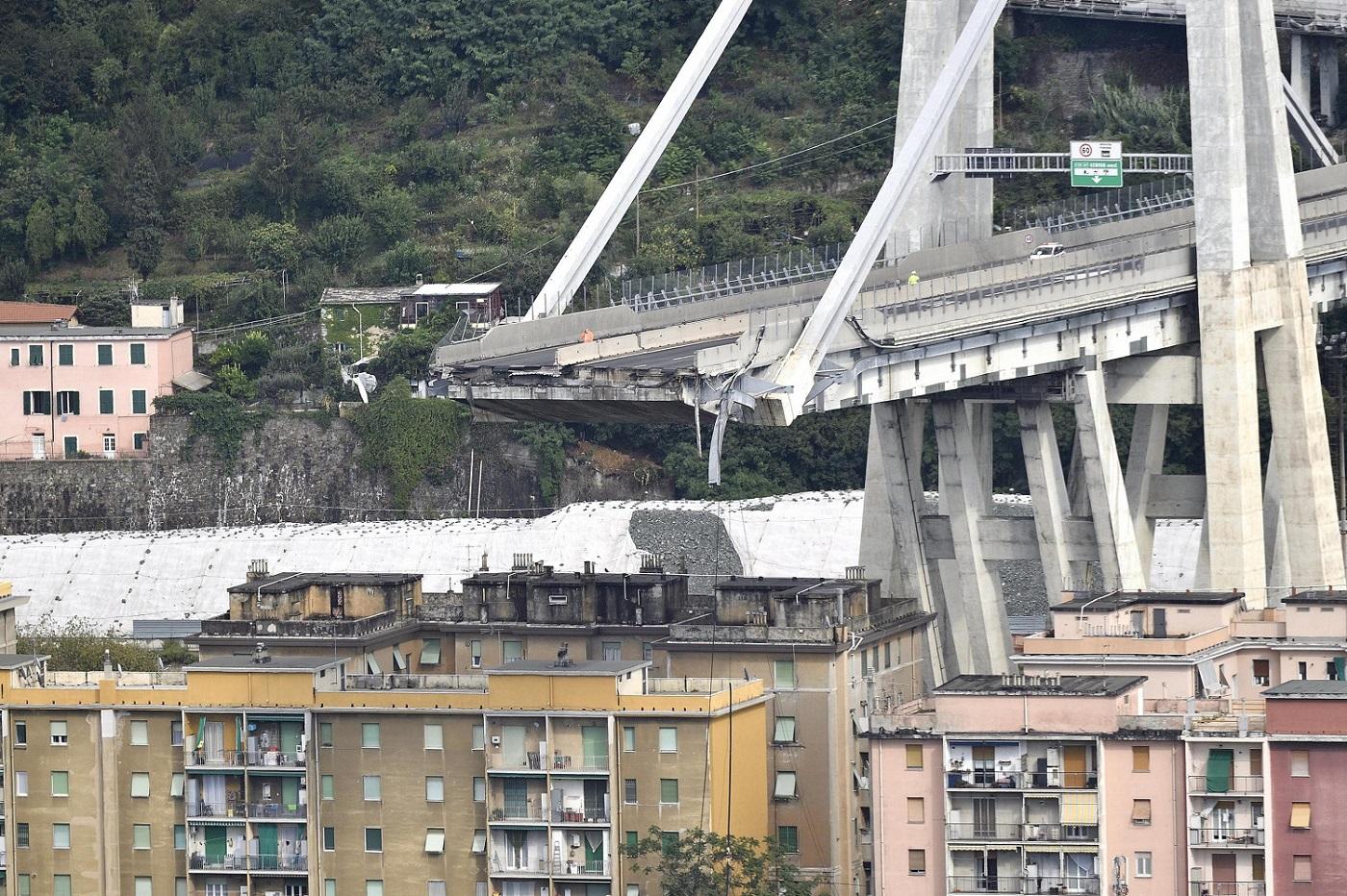 Il Ponte Morandi di Genova crollato