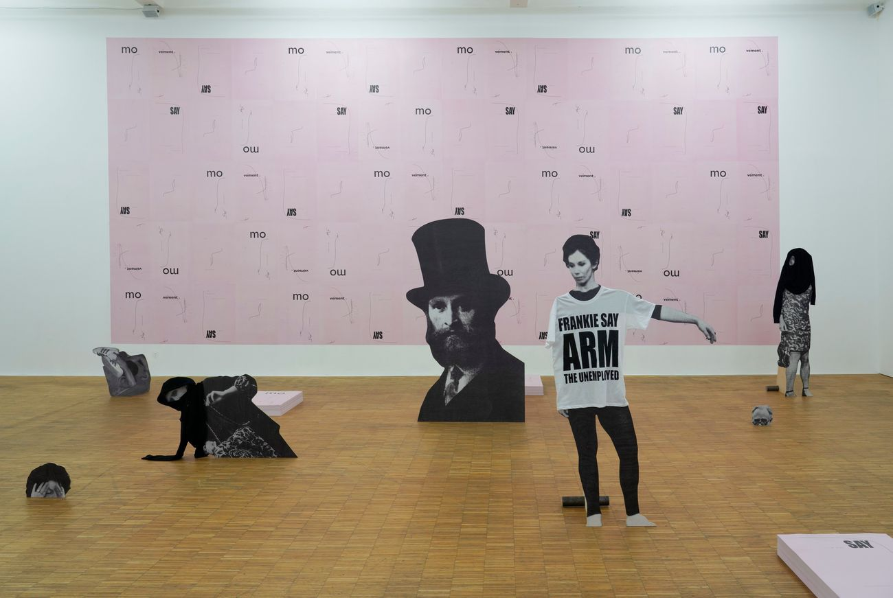 Jakob Kolding, Movements, 2018. Courtesy Galerie Martin Janda, Vienna. Installation view at Salzburger Kunstverein 2018. Photo Herman Seidl © Salzburger Kunstverein