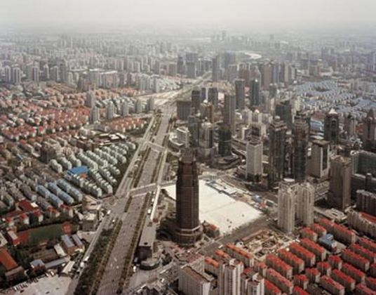 Shanghai, 2010, dalla serie Metropoli © Gabriele Basilico Archivio Gabriele Basilico, Milano