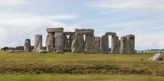 Stonehenge, Wiltshire, England This is a photo of listed building number 1010140 ph Diego Delso fonte wikipedia