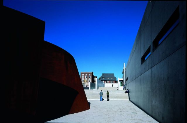 Pulitzer Arts Foundation 2001. Photo Shinkenchiku sha