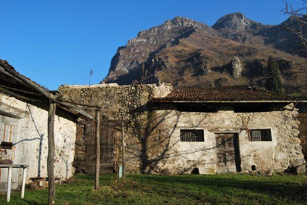 Borgo di Rebecco Fucina, ph. Luca Merisio