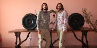 Auro e Celso Ceccobelli con la loro opera Melchiorre. Photo (c) Daniele Paparelli