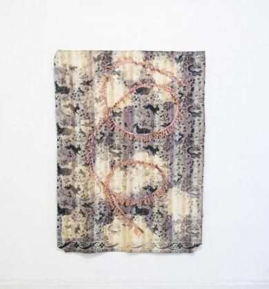 Cato Løland, Spiral, 2016, collage di materiali tessili, 120x150 cm