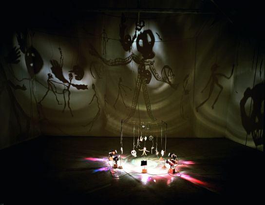 Christian Boltanski, Le Théâtre d'Ombres, 1985-90. Courtesy l'artista