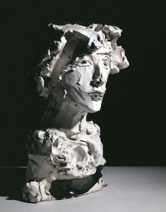 Lucio Fontana, Ritratto di Milena Milani, 1952. Museo d'Arte di Palazzo Gavotti, Savona (Collezione Milena Milani in memoria di Carlo Cardazzo)