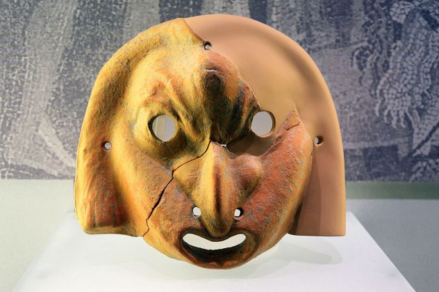 MarTa di Taranto, maschera greca in terracotta