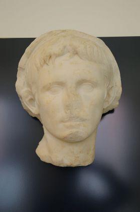 Ritratto di Augusto, MarTa di Taranto