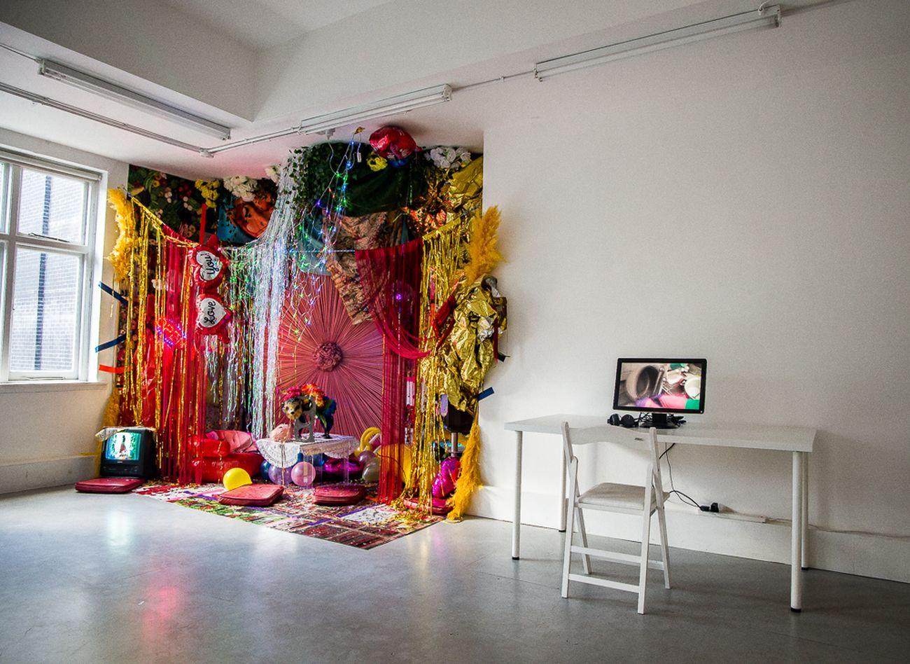 Alter Heroes Coalition. Exhibition view at Mimosa House, Londra 2018. Photo Katarzyna Perlak