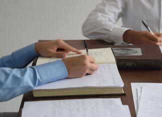 Antonio Della Guardia, Esercizi di scrittura per un prossimo reale, 2018. Still da video