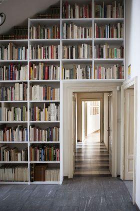 Casa Testori, Novate Milanese. La Biblioteca