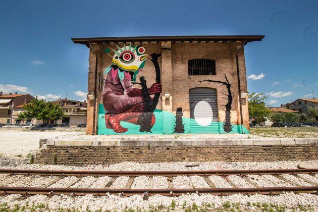 Gio Pistone + Nicola Alessandrini, AIA, 2014. Castel Bellino, Stazione Ferroviaria. Photo Francesco Mariani