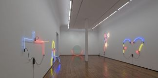 Keith Sonnier. Light Works, 1968 to 2017. Exhibition view at Galleria Fumagalli, Milano 2018. Photo Antonio Maniscalco. Courtesy Galleria Fumagalli