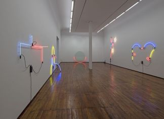 Keith Sonnier. Light Works, 1968 to 2017. Exhibition view at Galleria Fumagalli, Milano 2018. Photo Antonio Maniscalco. Courtesy Galleria Fumagalli