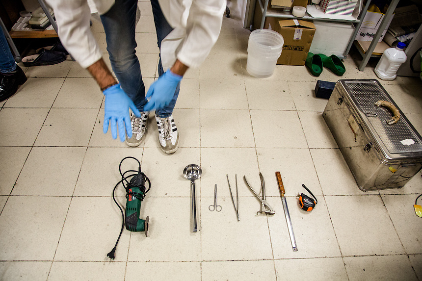 Max Hirzel, Migrant Bodies Daniele Daricello, autopsy techinician of Palermo Policlinico Hospital, with his tools