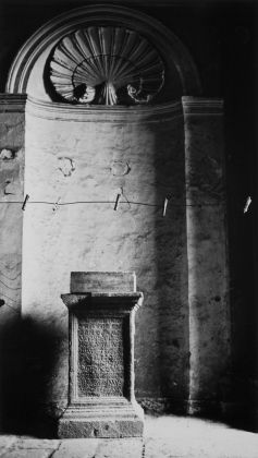 Mimmo Jodice, Vedute di Napoli, Opera 10, 1979 © Mimmo Jodice