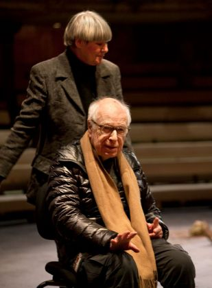 Peter Brook, The Prisoner. Photo Simon Annand
