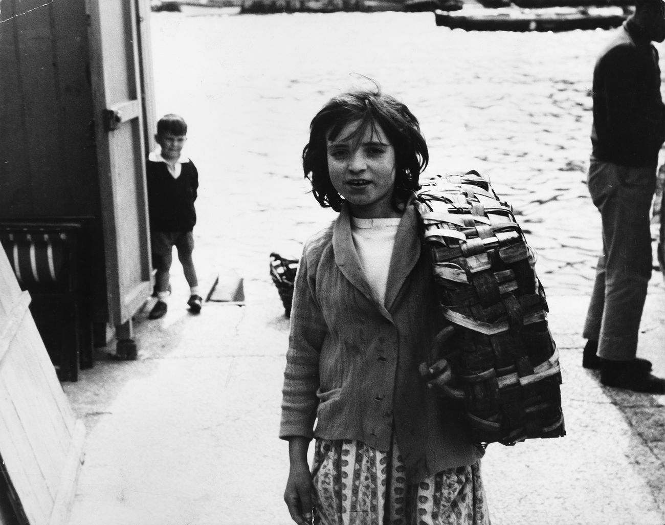 Pino Pascali, Bambina con valigia, 1965