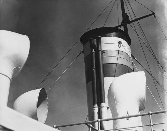 Pino Pascali, Particolare di nave, ciminiere, 1965