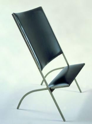 """Sedia """"Gabriela"""" detta """"di poco sedile"""" (1971), prodotta come prototipo dalla Walter Ponti e poi da Pallucco © Gio Ponti Archives"""