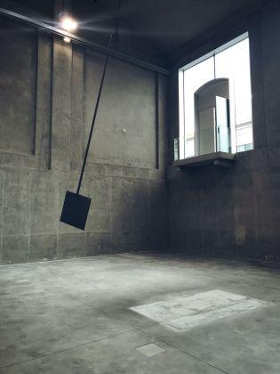 Slight Agitation 4/4 Laura Lima, installation view at Fondazione Prada, Milano 2018