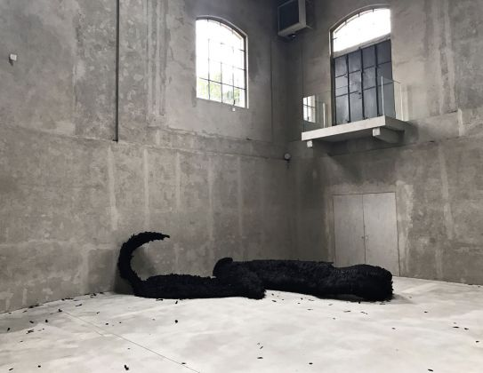 Slight Agitation 4/4 Laura Lima, installation view at Fondazione Prada, Milano 2018