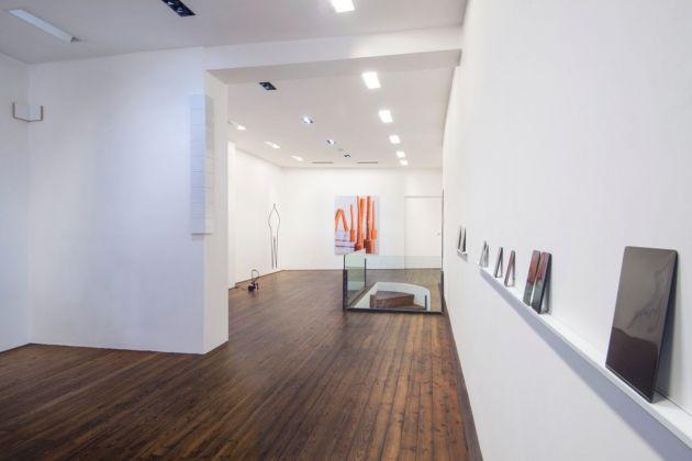 Vlad Nanca & Luca Resta. It happens. Installation view at Galleria Il Ponte, Firenze 2018