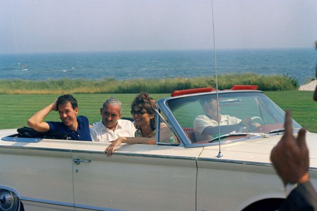 Weekend a Hyannis Port, 1959. Photo Cecil Stoughton