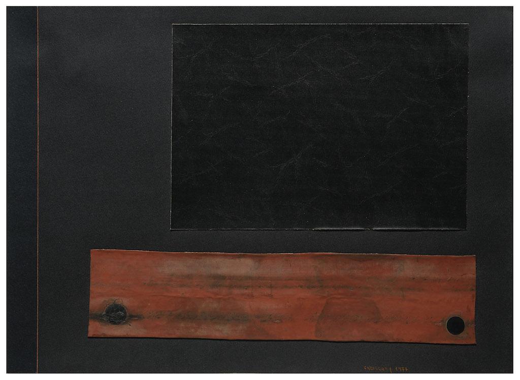 Carol Rama Senza titolo, 1977 Camera d'aria, vinilpelle e matita colorata su cartoncino nero, 50.3 x 69.2 cm courtesy Collezione Ramo