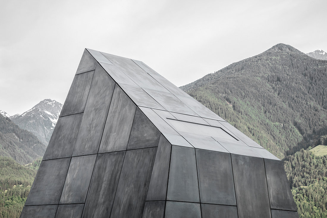 Bergmeisterwolf Architekten, Cantina Hotel Pacherhof. Novacella-Varna (BZ), 2018. Crediti fotografici: Gustav Villeit