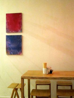 Cherubino (2013), olio su tela, 60x50 cm; Serafino (2013), olio su tela, 60x50 cm. Ayako Nakamiya. Courtesy of Zazà ramen noodle bar & restaurant