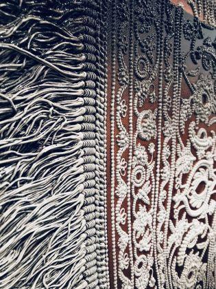Antonio Santin, Carpet diem, 2018, particolare. Galerie Isa, Mumbai