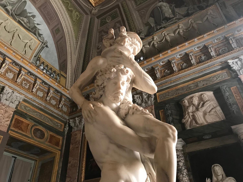 Immagine delle riprese del film Bernini presso la Galleria Borghese