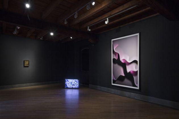 Black Hole. Gino De Dominicis, Jol Thomson e Thomas Ruff. Installation view at GAMeC, Bergamo 2018. Photo Antonio Maniscalco. Courtesy GAMeC Galleria d'Arte Moderna e Contemporanea di Bergamo