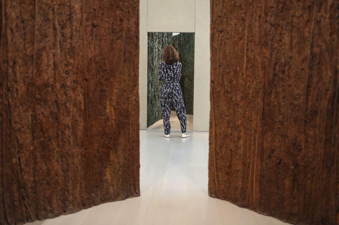 Cristina Iglesias ‒ Entrǝspacios, exhibition view at Centro Botín, Santander 2018, photo Belén de Benito