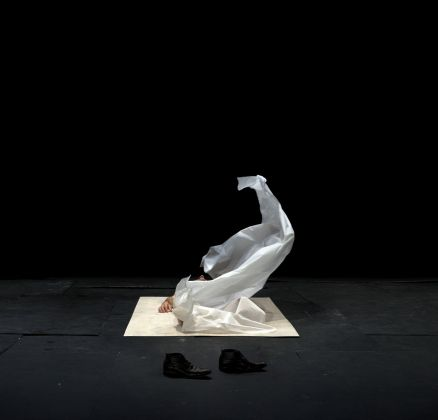 Dimitris Papaioannou, The Great Tamer. Photo Julian Mommert. Performer Christos Strinopoulos