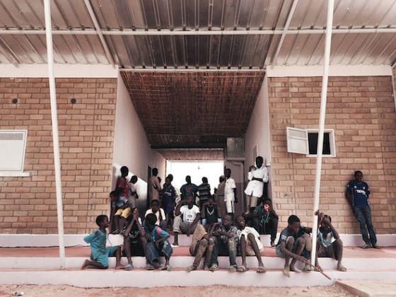 H2OS - L'eco-villaggio anti-desertificazione in Senegal,Circolo Sunugal (promotore), Musoco Onlus (coordinamento del processo), USE – Union pour la Solidarité et l'Entraide (gestione locale del processo) TAMassociati (ideazione, progetto architettonico e tecnologico)