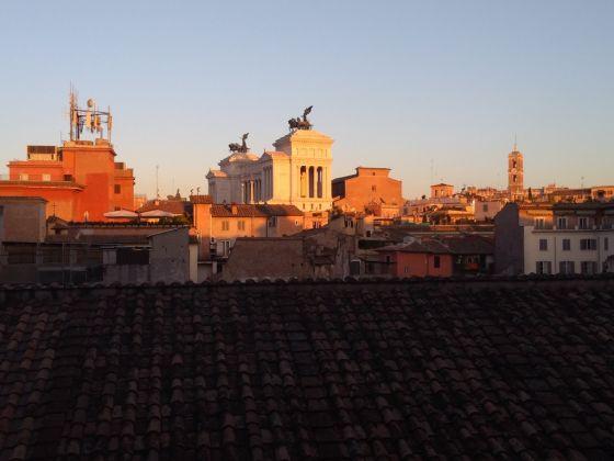 Il Vittoriano visto da Palazzo Caetani