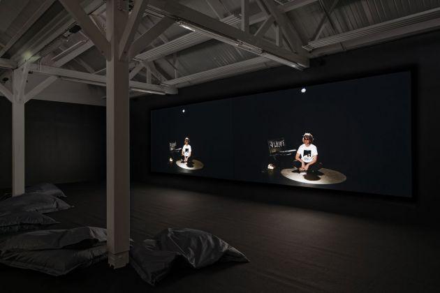 Les Ateliers de Rennes 2018. Pauline Boudry & Renate Lorenz. Installation view at 40mcube, Rennes 2018. Photo © Aurélien Mole