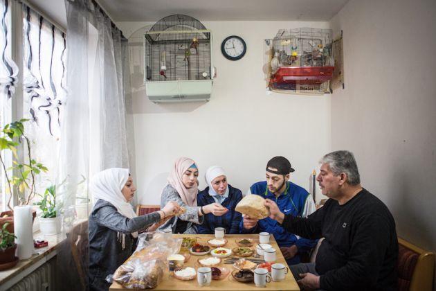 Family Abu Rashed, in Lüneburg, Germany, ph. Maria Feck