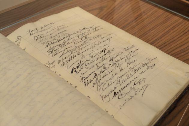 Mettici la firma, Museo Bagatti Valsecchi