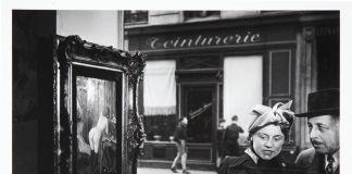 Robert Doisneau Regard oblique, 1948,© Atelier Robert Doisneau. Courtesy Comune di Modena, Fondo Franco Fontana - Galleria Civica di Modena - FONDAZIONE MODENA ARTI VISIVE