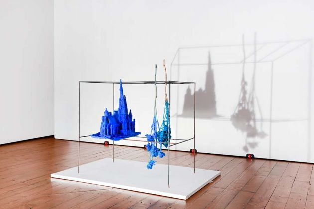 Roger Hiorns, The middle door, 2018, installation view, C+N Canepaneri