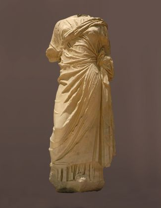 Statua di donna marmo I secolo d.C