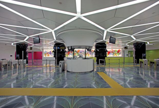 Stazione Università, Karim Rashid. Photo Peppe Avallone, ANM SpA