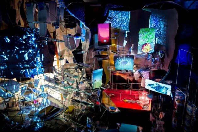 Veduta d'installazione della mostra di Sarah Sze presso Gagosian Roma Courtesy of the artist and Gagosian/dell'artista e Gagosian Photo by Matteo D'Eletto M3 Studio
