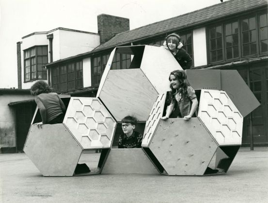 Victor J. Papanek, Tetrakaidecahedral, 1973 75 © University of Applied Arts Vienna, Victor J. Papanek Foundation
