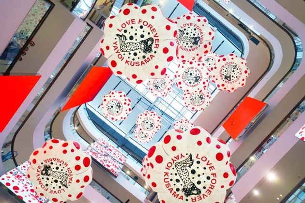 Yayoi Kusama, Central World CR. BAB