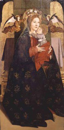 Antonello da Messina, Madonna col Bambino e due angeli reggicorona dal Polittico di San Benedetto, 1471-1472. Olio su tavola di pioppo 114,8 x 54,5 cm. Galleria degli Uffizi Firenze